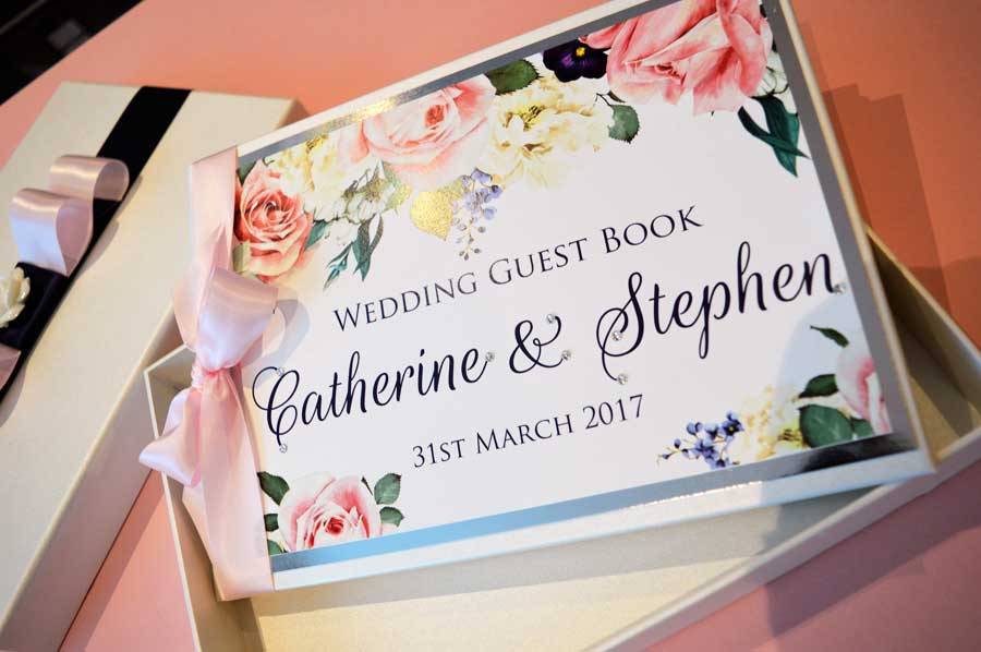 Guest book & presentation box - Charlotte Designs
