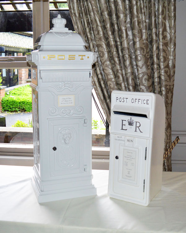 Beautiful Royal Mail & Victorian Post Box hire for weddings & events