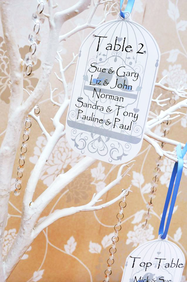 Crystal tree table plan birdcage design in French blue
